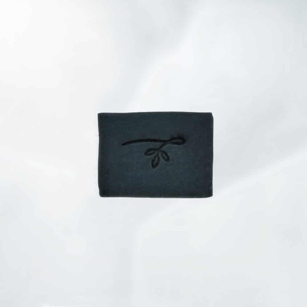 """˂img src=""""mýdlo aktivní uhlí""""˃"""