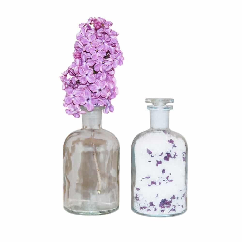 """˂img src=""""koupelová sůl květinová ve skleněné doze""""˃"""